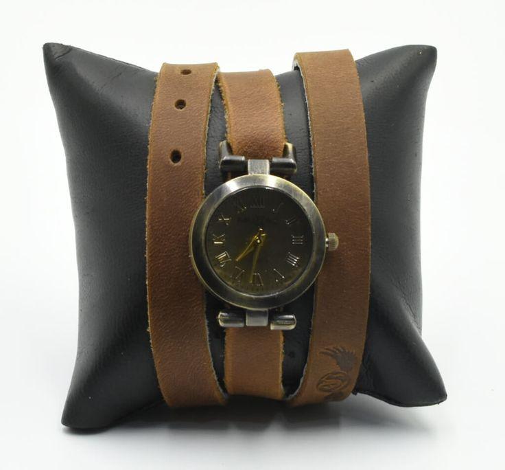 Reloj de cuarzo para dama de pulsera con correas extra largas en piel. #Reloj #pulsera #dama #piel #color #sepia #finelookingstore     Lady quartz watch with extra long leather straps.   #Bracelet #watch #women #leather #finelooking