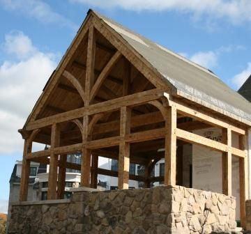 233 best post and beam images on pinterest bar grill for Timber frame screened porch