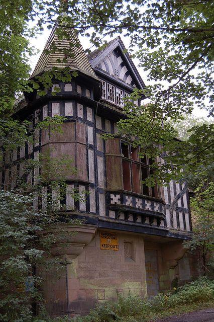 An Abandoned Tudor Ambergate Wireworks Oakhurst House Derbyshire Uk