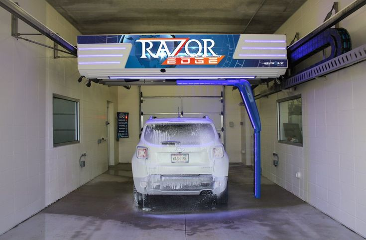 Washworld's new touchfree carwash The Razor EDGE Car
