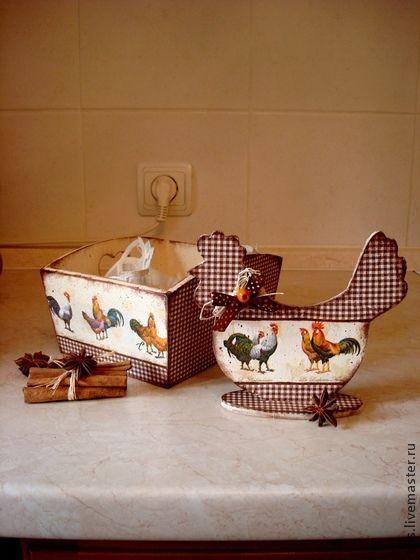 комплект  для Светлой Пасхи. Милый  комплект для Пасхальных яиц или сладостей. Создаст теплую, уютную атмосферу домашнего праздника. Может быть использован как сухарница, для пряников, свежих булочек и длугой домашней выпечки.