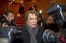Politique Actualités - En renonçant à La Provence, Tapie s'éloigne de la mairie de Marseille - http://pouvoirpolitique.com/actualites/en-renoncant-a-la-provence-tapie-seloigne-de-la-mairie-de-marseille/