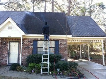 Roof Cleaning   Roof Softwashing