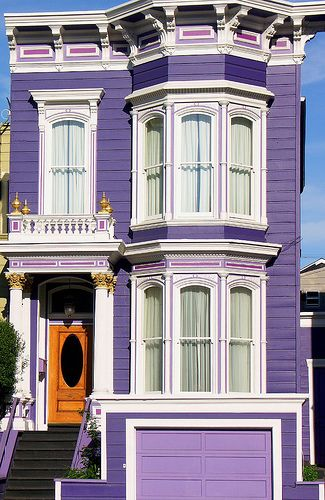 Purple row house: Victorian Homes, Purple House, Dream House, Purple Passion, Purple Victorian, Color Purple, San Francisco, Victorian Houses, Painted Ladies