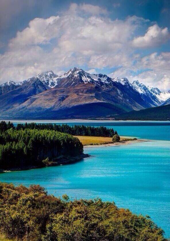 Lago Pukaki ~ Nueva Zelanda.