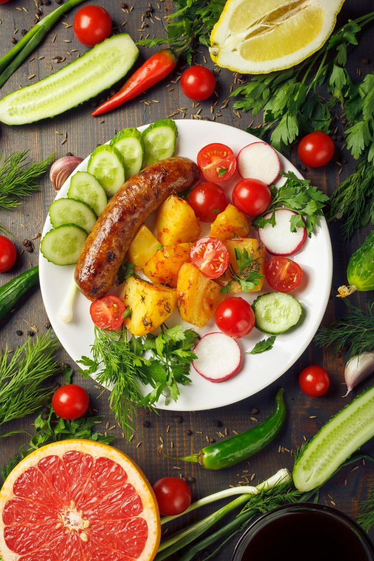 Photo sausage with potatoes and vegetables by Vasiliy Zabelin on 500px