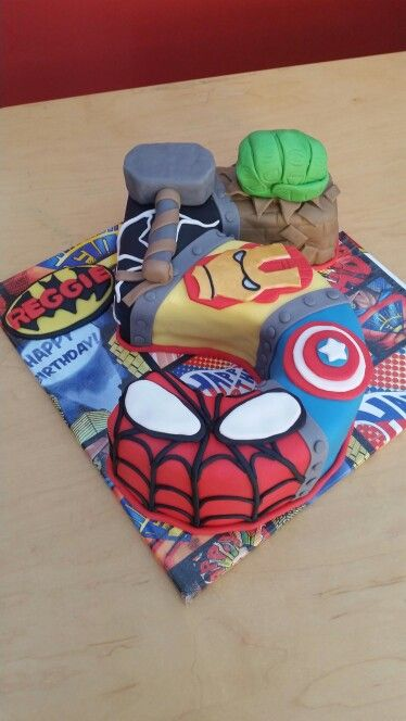 Marvel Superhero Number 5 Birthday Cake Superhero