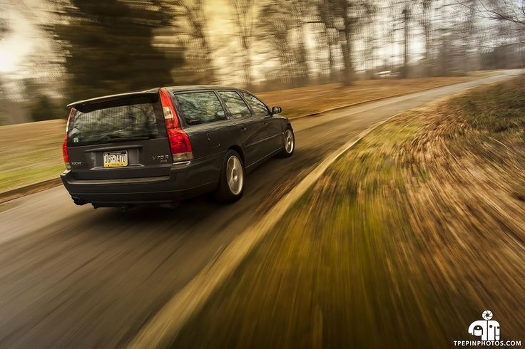 One more of my Volvo V70R on the day I sold it. Really miss that car. [2160x1440] - Click the PIN to see more!