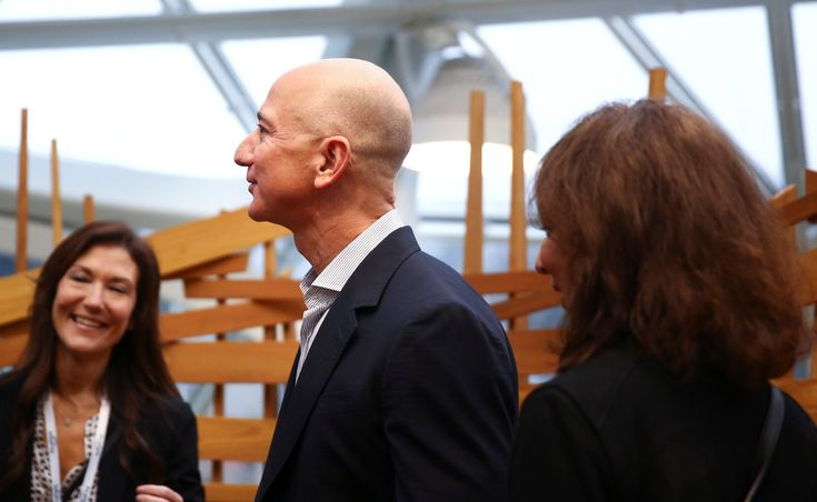 Walmart just saw $30 billion in market cap destroyed by Amazon fears Quartz http://ift.tt/2EKfq8E