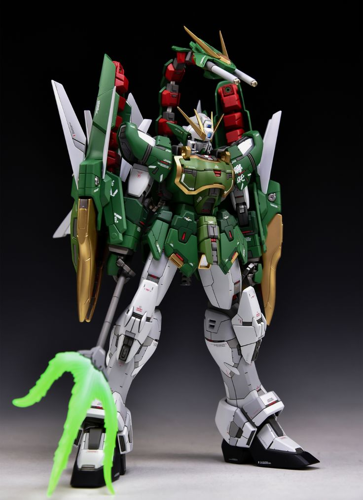 MG 1/100 Altron Gundam EW - Customized Build     Modeled by Ein Schlafe