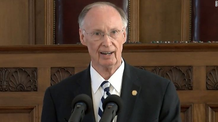 Alabama Gov. Robert Bentley resigns - CNN.com