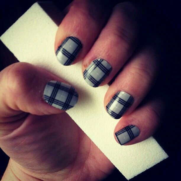 11 best Geometric Print Jamberry Nail Wraps images on Pinterest Jamberry nails, Chips and ...