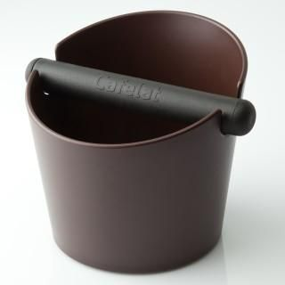 CAFELAT LARGE TUBBI BROWN. This large Tubbi features a press fit silicone gasket on the bottom which means you can strip it down and clean it however you want, wash it by hand or put it in the dishwasher.  Holds Approximately 50 double baskets
