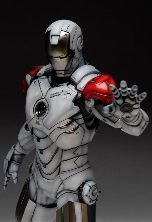 Iron Man concept design SPER HROES Y VILLANOS