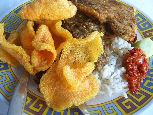 Nasi Uduk My additional options were Semur Daging (spiced stewed meat) and fried egg. This place will be a favorite, not only is the nasi uduk good, but also the options. The price also adds additional points. :-)