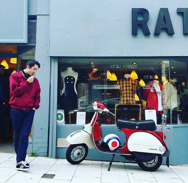 Outside #ratracemargate #mod #scooter