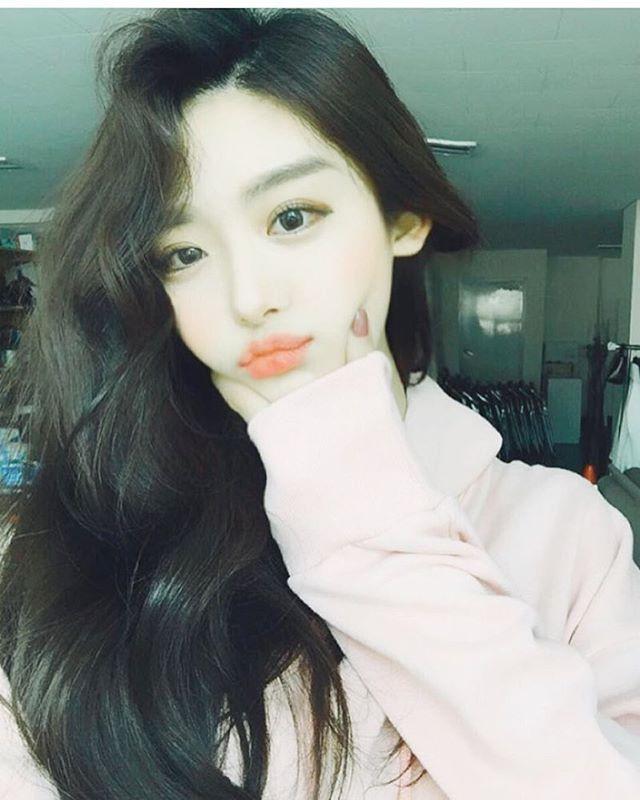 #ulzzang #ulzzanggirl #koreanstyle                                                                                                                                                                                 Plus