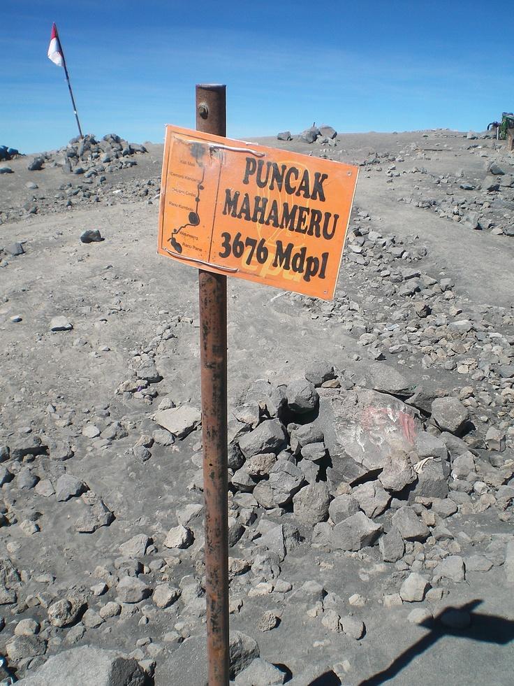 Top of Mt.Mahameru