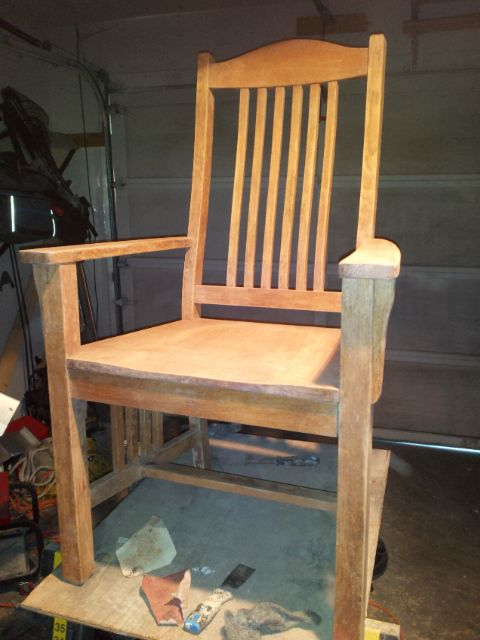 We just love our new Pottery Barn Benchwright table, but our budget didn't allow for new chairs. However, 'Craig' had 6 oak mission chairs on his local 'List'.…