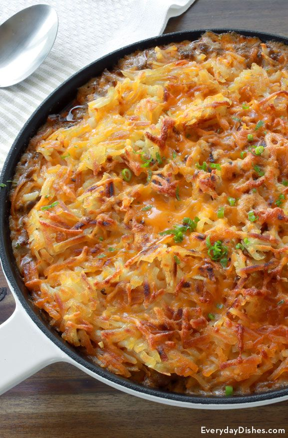 Hash browns and hamburger might be the best combination invented since peanut butter and jelly. Our one-pot-wonder hamburger hash brown casserole contains the most satisfying flavor, and we love the versatility. This meal can be enjoyed any time of day, making the leftovers a lovely bonus.