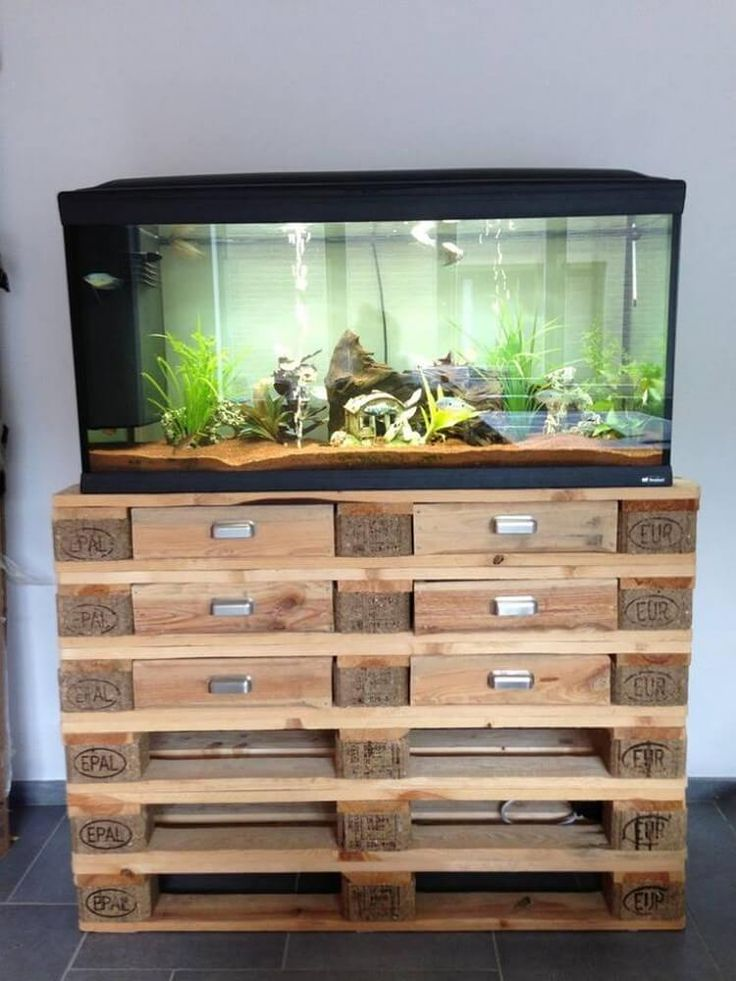 Imaginative ideas with old wood pallets wood pallets for Old wood pallets ideas