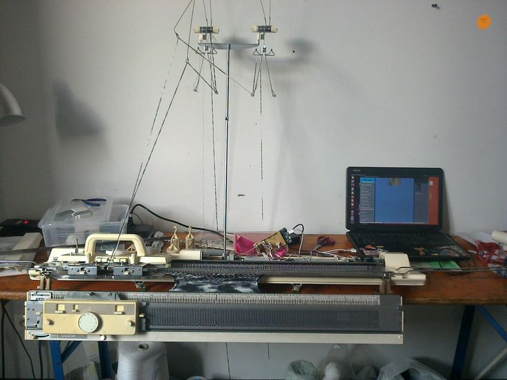 Hack your knitting machine | \//// Textiles and Digital Spaces \//// /////////////////////////////