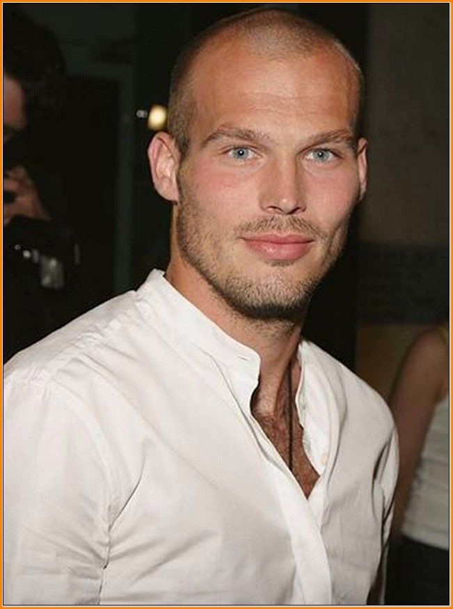 Stylish 30 Best Thinning Hair Hairstyles for Men 2016 Check more at http://menshairstylesweb.com/30-best-men-hairstyles-for-thinning-hair/ #menshairstylesthinning