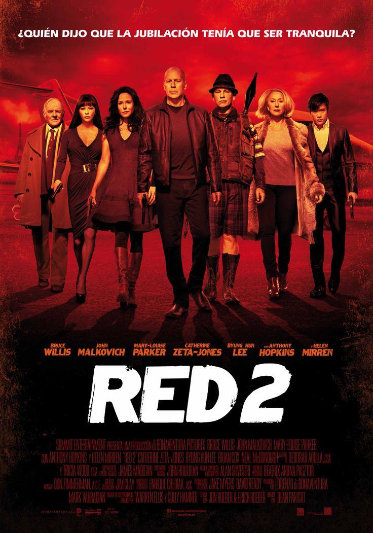 Dirigida por Dean Parisot, la hipérbole y la parodia se vuelven a dar la mano en «Red 2» para proporcionar una película tan divertida como trepidante, a la que los más cinéfilos conseguirán sacar todavía mayor partido gracias a sus suculentos guiños cinematográficos.