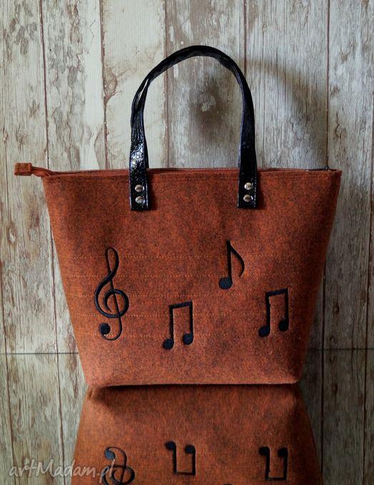 Filcowa torba - muzyczny haft