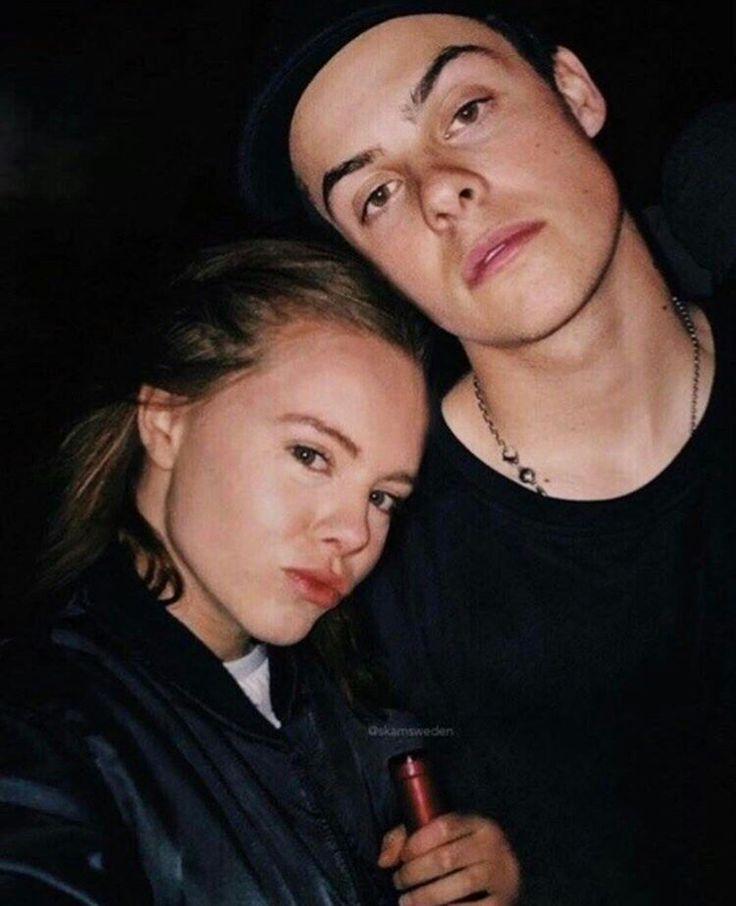 Eva and Chris Skam