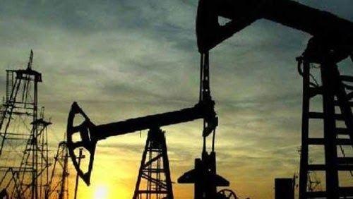 تراجع مخزونات النفط الأمريكية بأكثر من التوقعات #اقتصاد