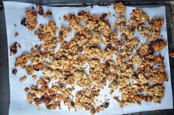 chrumkave zapekane musli z ovsenych vlociek, pohanky, quinoi