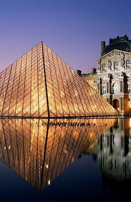 Musee du Louvre, Paris. Europe Travel.:  This is NEXT on the list................