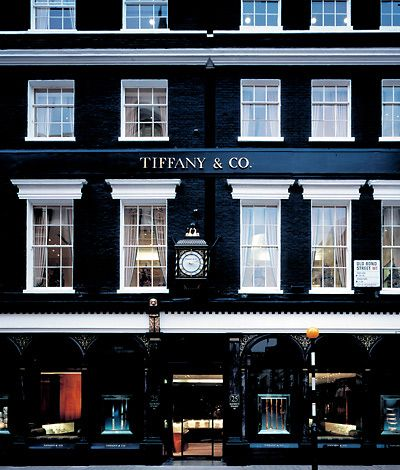 Tiffany & Co. is synonymous with romance, style, quality and luxury. To put it simply- it's every girl's ultimate jewellery store.  London store façade