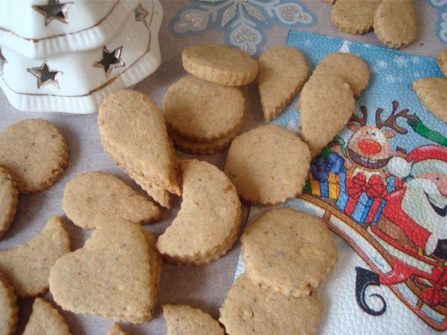 My Mum's Vanilla Wholegrain Crescent Cookies | Vanilkové celozrnné rohlíčky mojí maminky - www.vune-vanilky.cz
