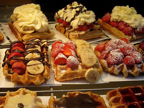 This is an awesome idea for dessert party dishes! I'm thinking a waffle bar with all the fixings!