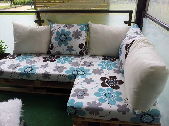Pallet sofa, not paintet .