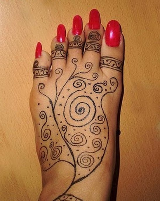 Sharpie henna tat and some ugly feet nails don 39 t let this for How do you take care of a tattoo