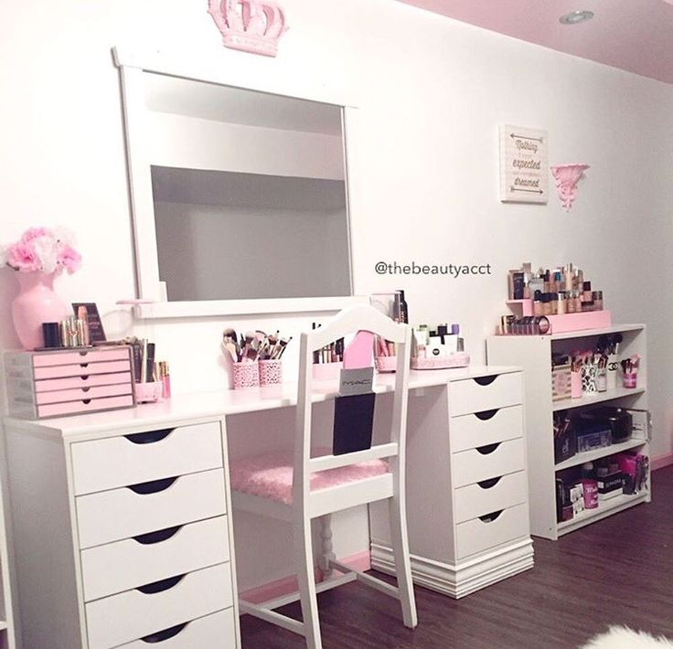 1000 ideas about makeup tables on pinterest lamp for Beauty table tumblr