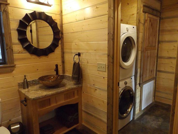 VRBO.com #825236 - Luxury Honeymoon Cabin Bear Bottoms, Hot Tub, Hammock, Wifi, Indoor Fireplace