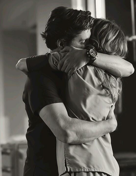 tight hug wallpaper