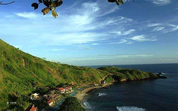 Pantai Menganti, surga tersembunyi di selatan kebumen, Jawa Tengah.