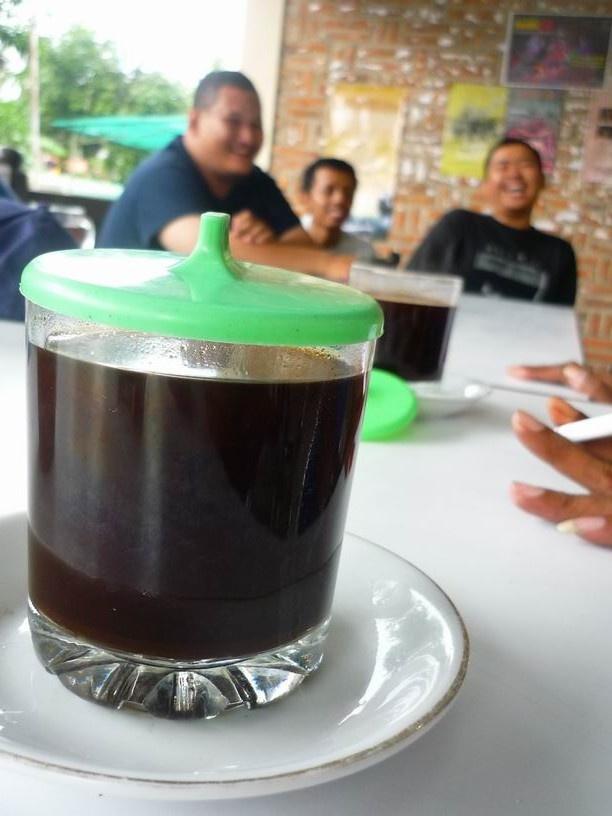 Indonesian kopi tubruk