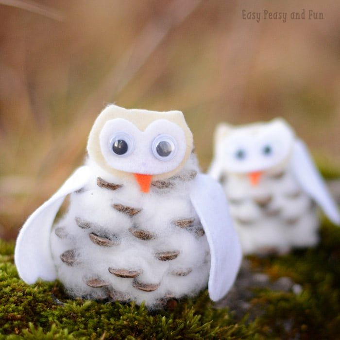 I wanted to do these for a while now and I'm pretty excited at how this pinecone winter owls craft turned out! They are adorable! We made a few crafts with pinecones already, like these fun pinecone hedgehogs so owls were a must! *this post contains affiliate links* These lovely critters will make a fun …
