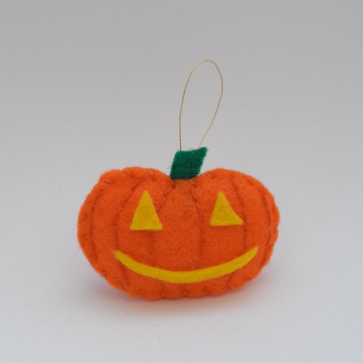 Happy pumpkin - halloween decor, trick or treat, scary, horror, spooky, halloween decoration, cute. by HalloweenOrChristmas on Etsy