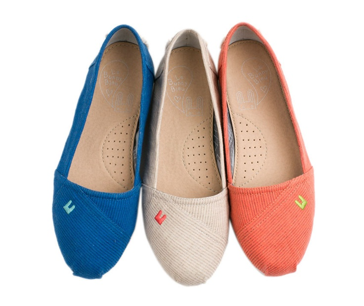 Tammy Slip ons >> Love these! Great summer shoe...