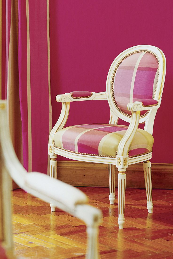 Light pink accent chair pink accent chair pink occasional chair - And A Pink And Green Accent Chair Will Brighten Up Any Room