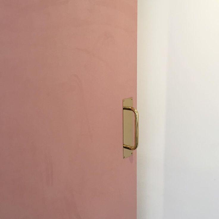 gold door handle.
