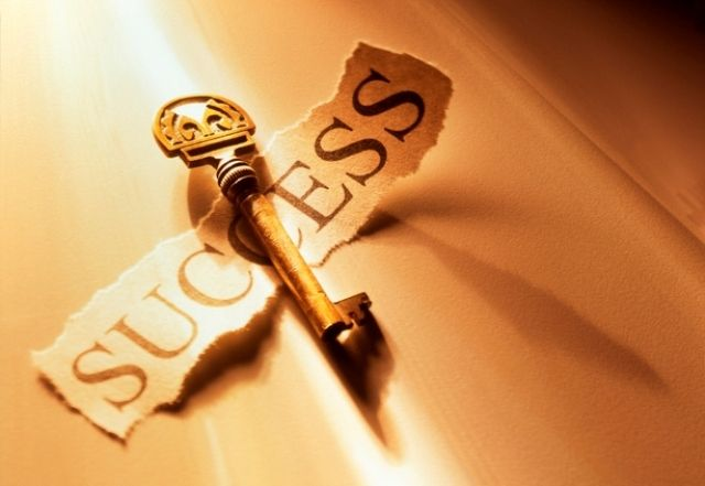 """7 признаков того, что вы занимаетесь своим делом """"Люди редко добиваются успеха, если заняты тем, что не доставляет им удовольствия"""". Говорят, это счастье – когда работа и хобби совпадают. А если честно, то не все ходят на работу как на праздник, т.е. любят её, любят свою профессию и с удовольствием ею занимаются. Хотите проверить себя, узнать занимаетесь ли Вы своим делом? Прочитайте вот эти 7 признаков, приложите к себе, и Вы поймете, занимаетесь ли Вы любимым делом или нет. Итак, любимое…"""