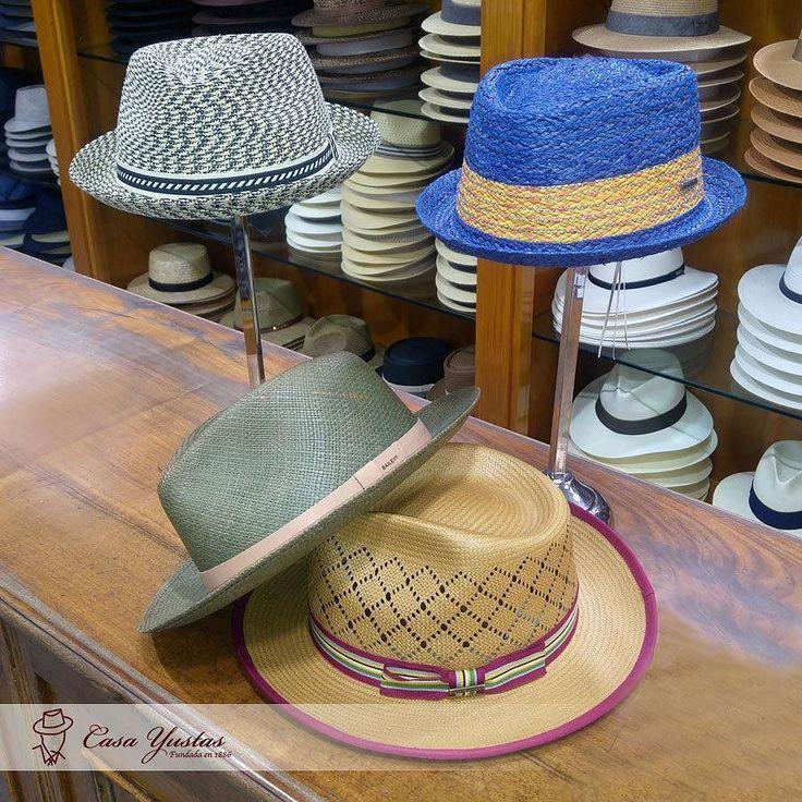 Nueva Colección de Primavera/Verano en Casa Yustas! GELHORN de Paja (Verde) MANNES (Rayas) PLAYER Sombrero de Rafia (Azul) TOYO Sombrero Fedora (Tostado) #hat #sombrero #hatoftheday #style #hatters #inspiracion #clasico #accesories #fashion #moda #complemento #accesorios #meencanta #verano #Fedora #Rafia